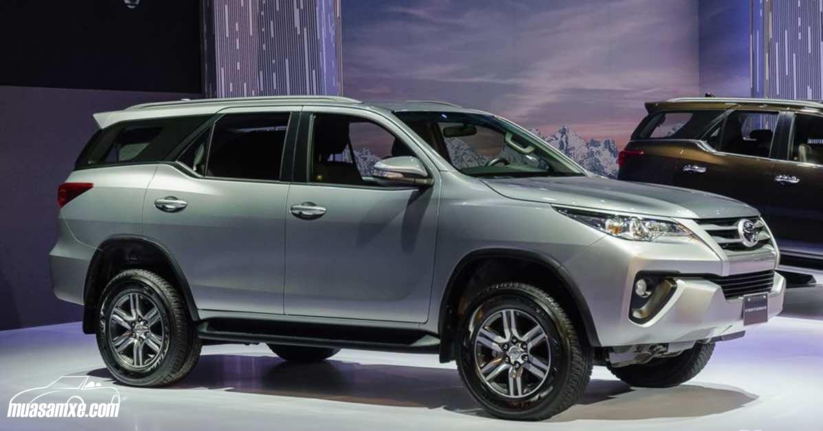 Hình ảnh cận cảnh và thông số kỹ thuật xe Toyota Fortuner 2017